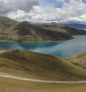 Overland Adventure Budget Tour to Tibet from Kyirong